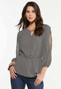 Plus Size Dotted Split Sleeve Top