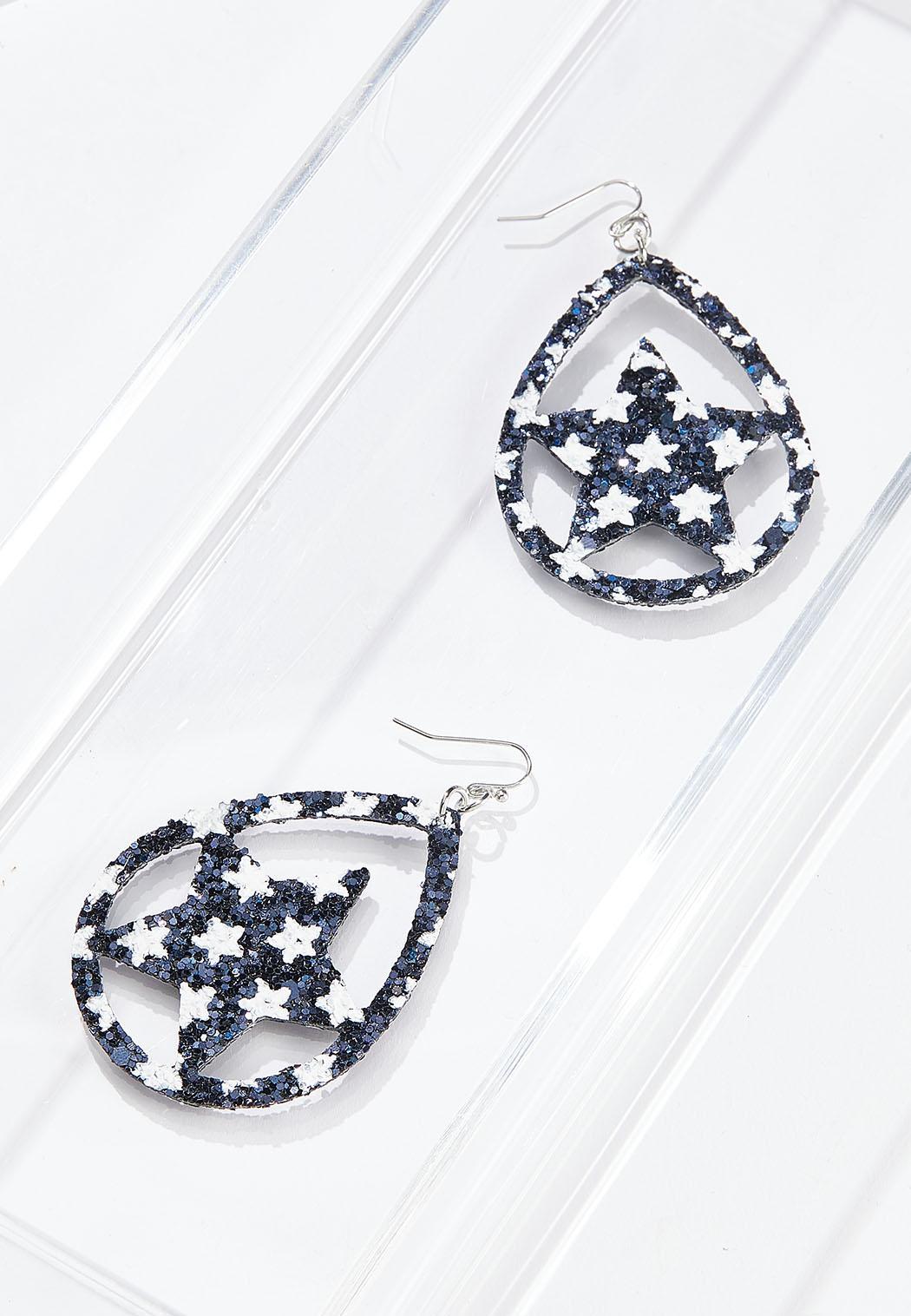 Cutout Star Earrings