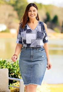 Plus Size Distressed Frayed Denim Skirt