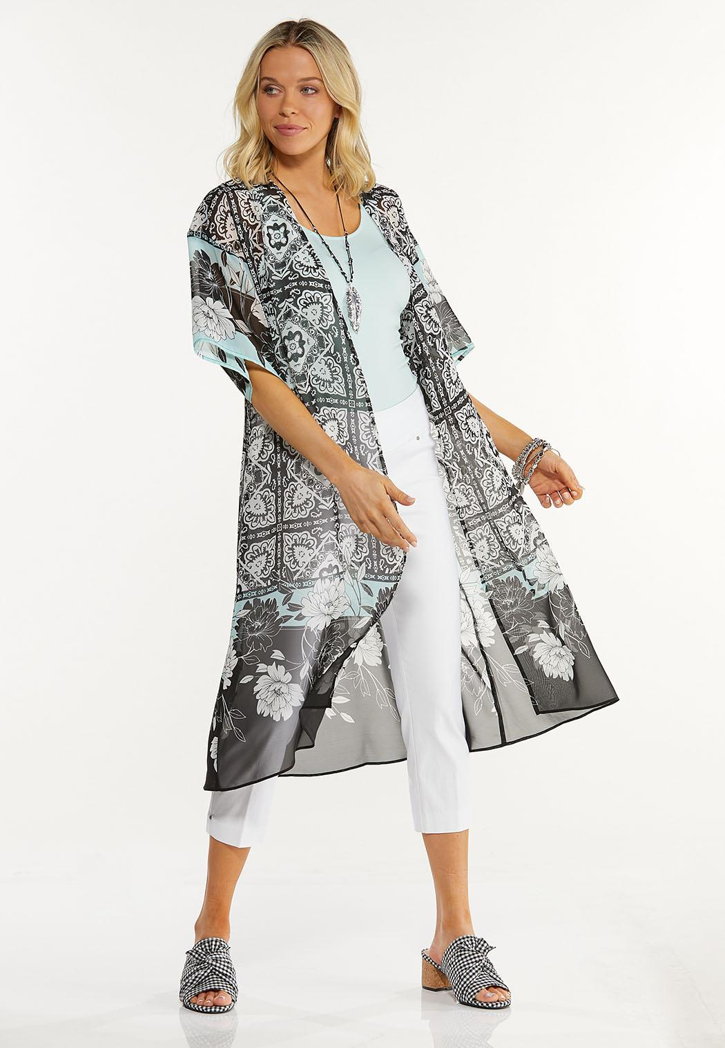 Plus Size Medallion Border Kimono