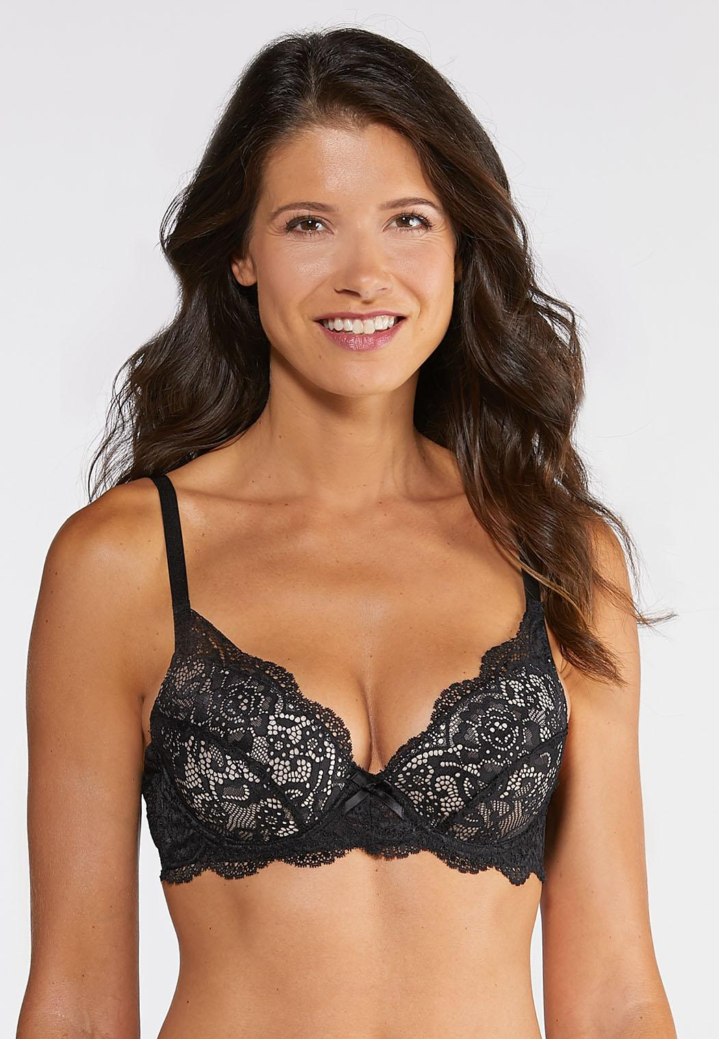 Plus Size Red And Black Lace Bra Set (Item #43843010)