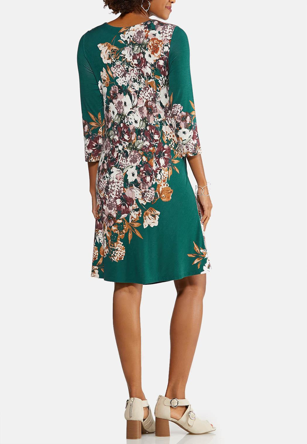 Plus Size Floral Swing Dress (Item #43947562)