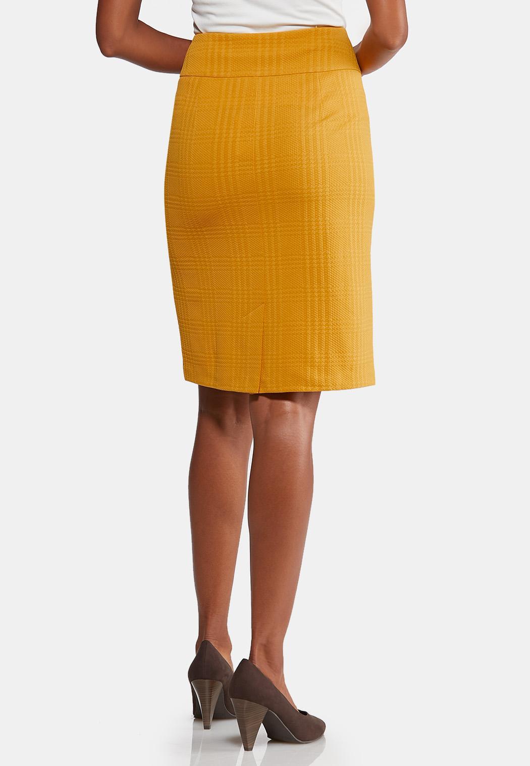 Plus Size Gold Textured Pencil Skirt (Item #43957446)