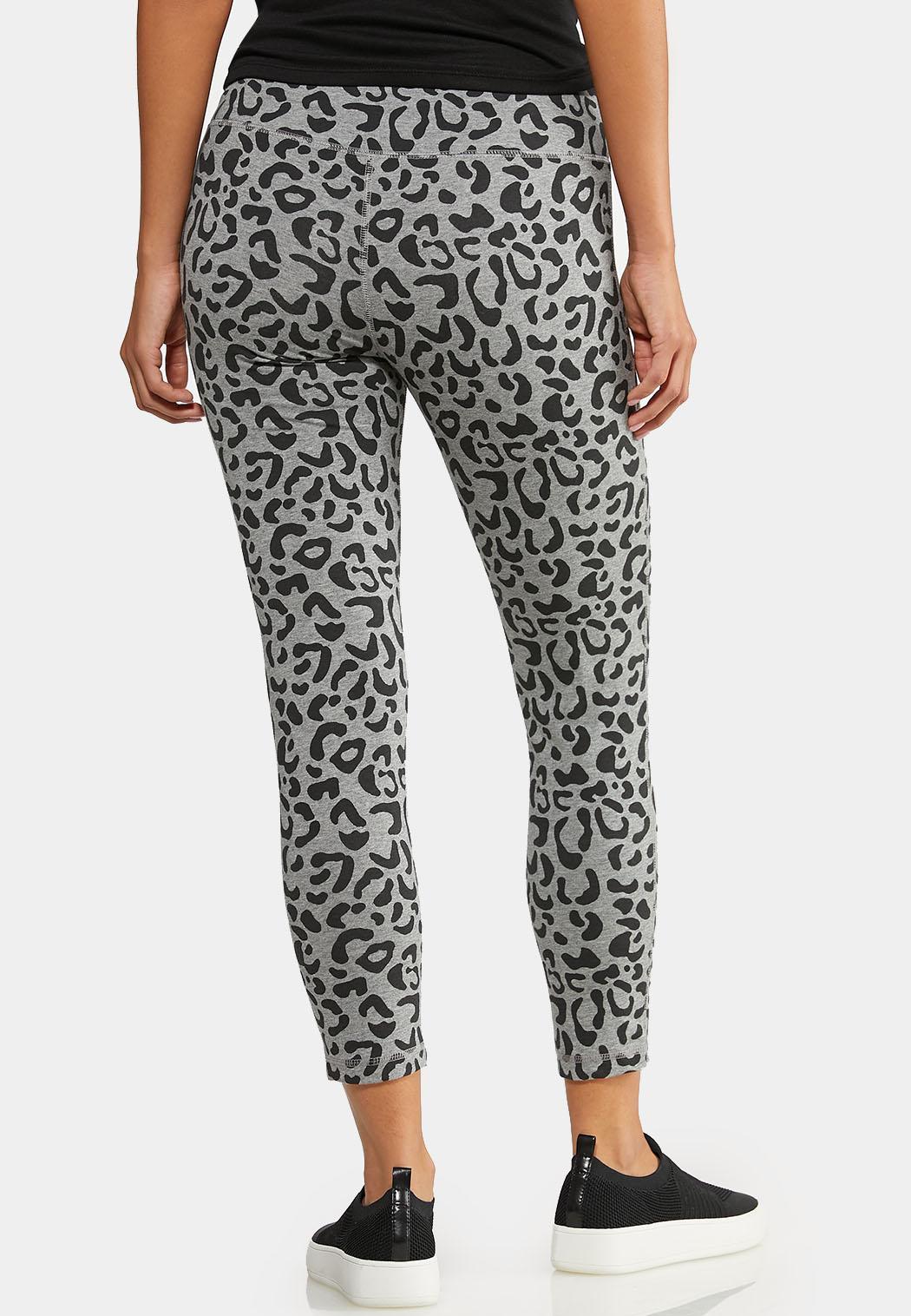 Cropped Leopard Active Leggings (Item #43964407)