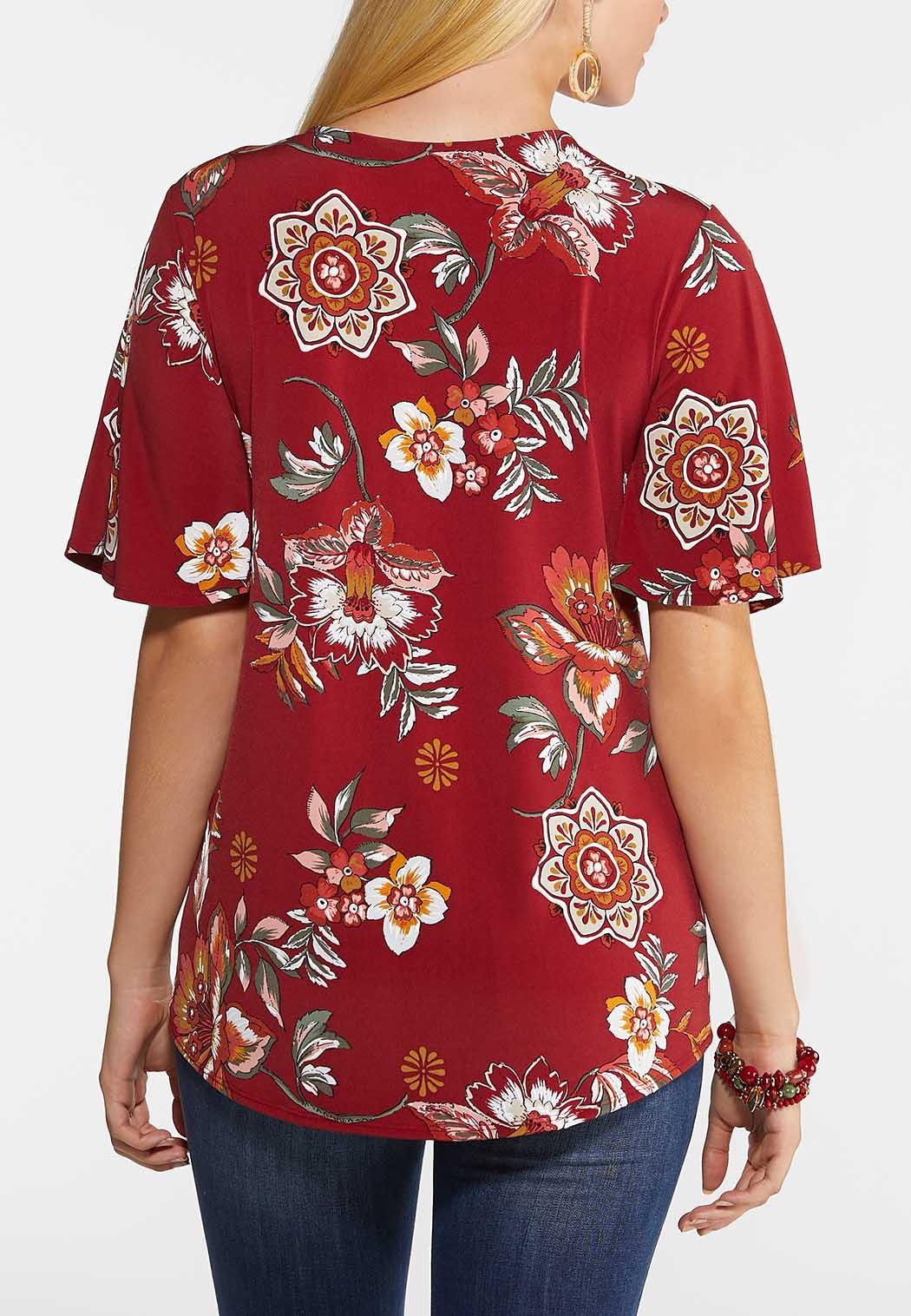 Plus Size Floral Hardware Sleeve Top (Item #43964657)