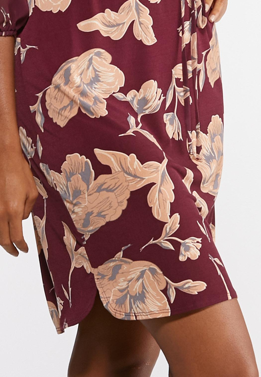 Plus Size Square Neck Floral Dress (Item #43989270)