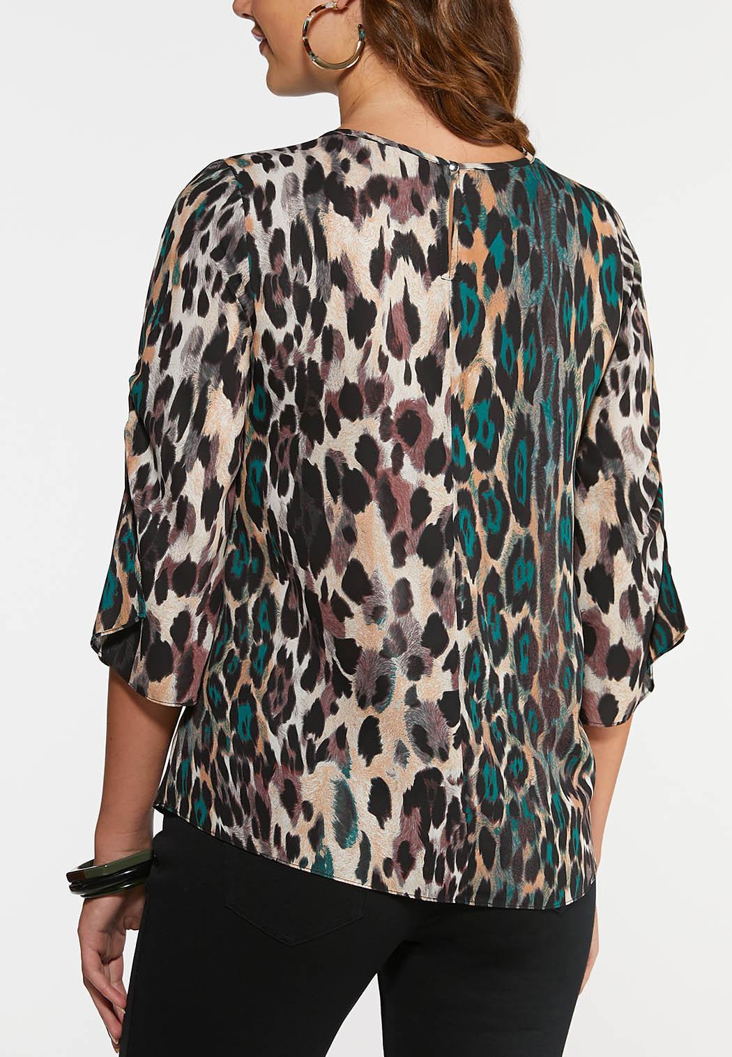 Plus Size Cinched Leopard Print Top (Item #44004155)