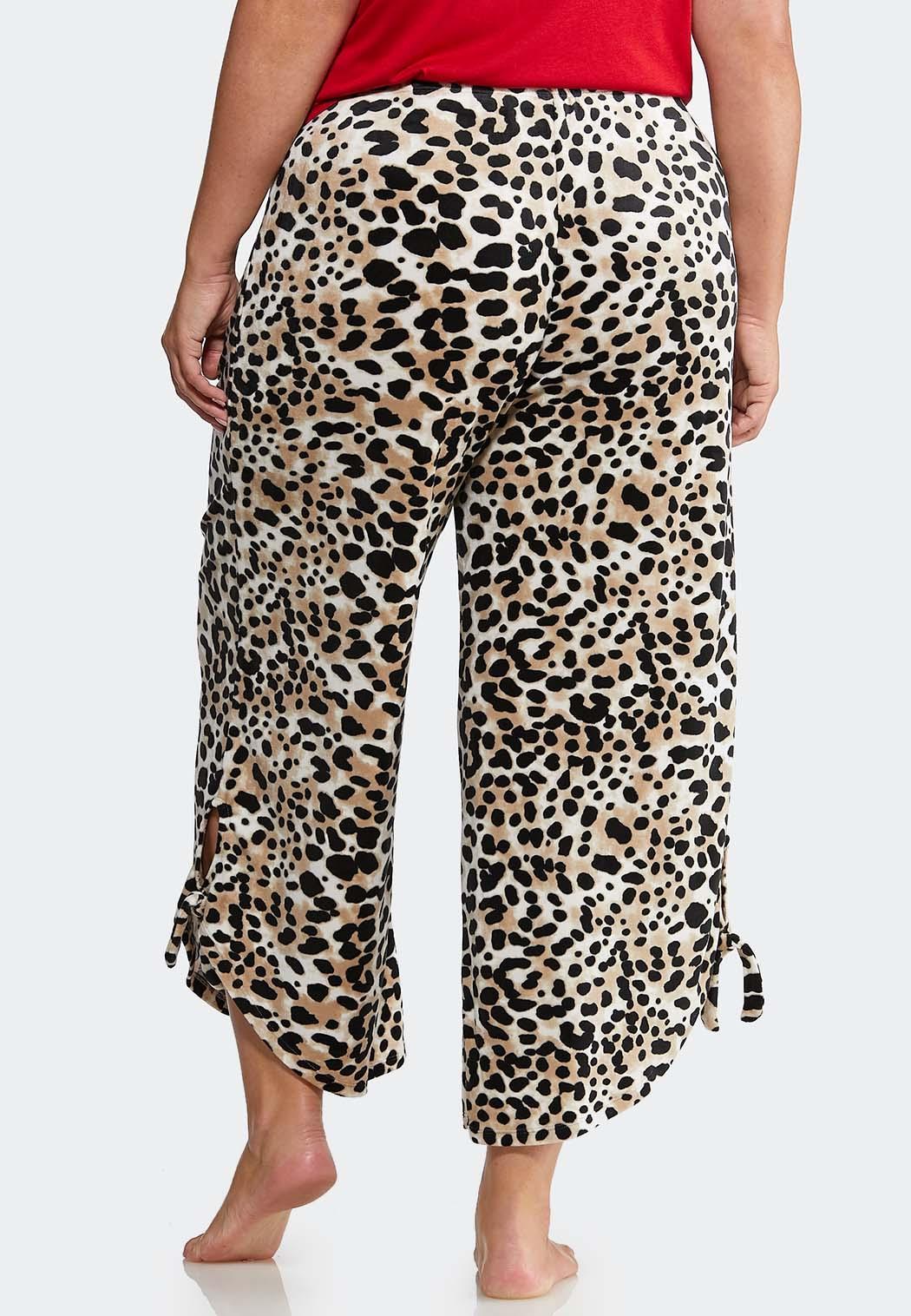 Plus Size Leopard Fleece Lounge Pants (Item #44013703)