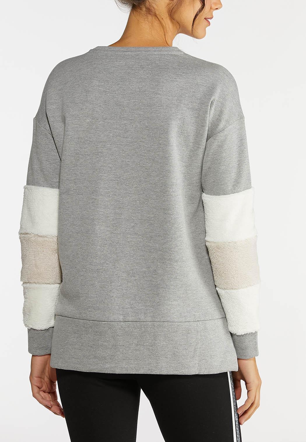Plus Size Fur Cuff Sweatshirt (Item #44020978)
