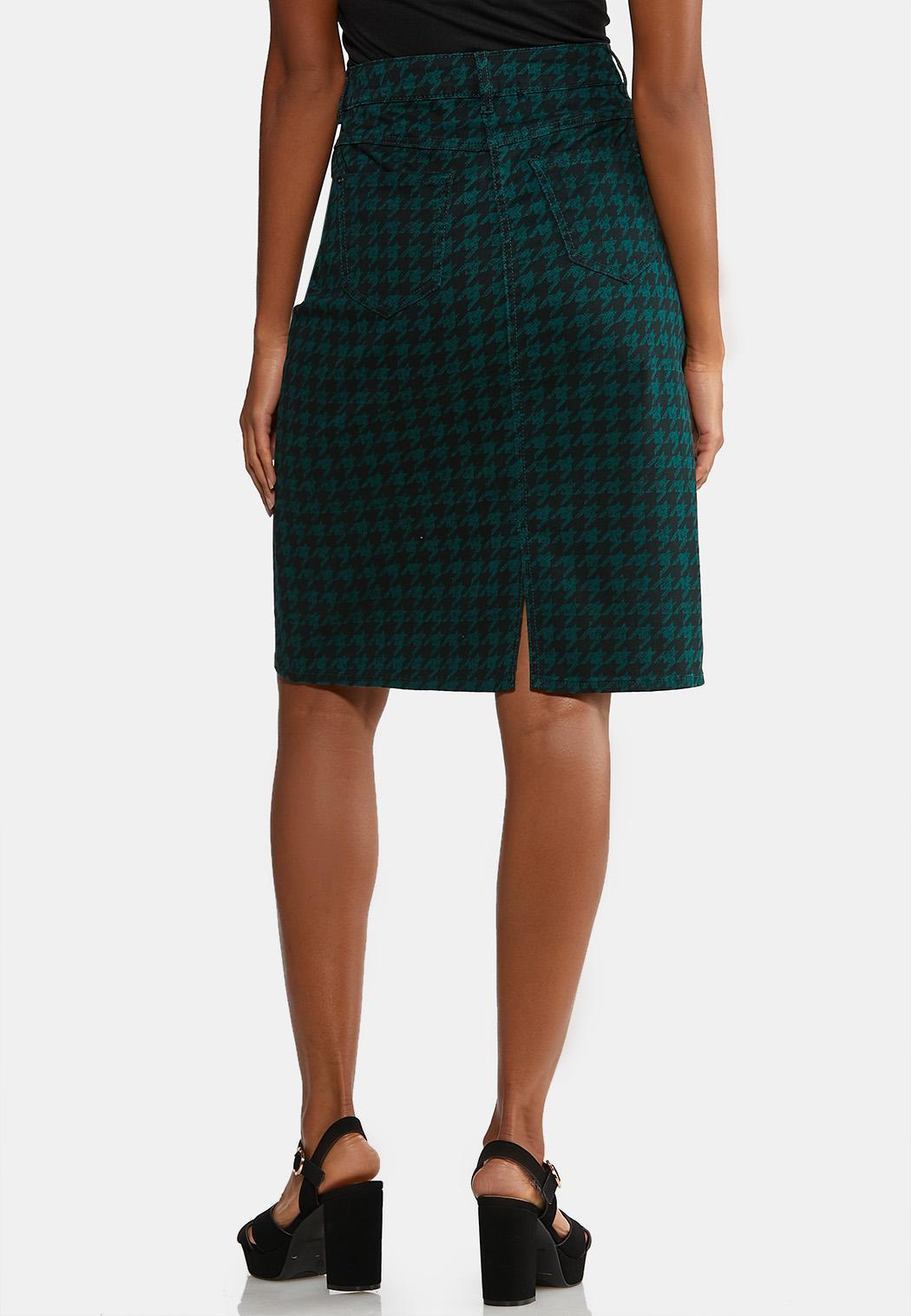 Plus Size Houndstooth Denim Skirt (Item #44026293)