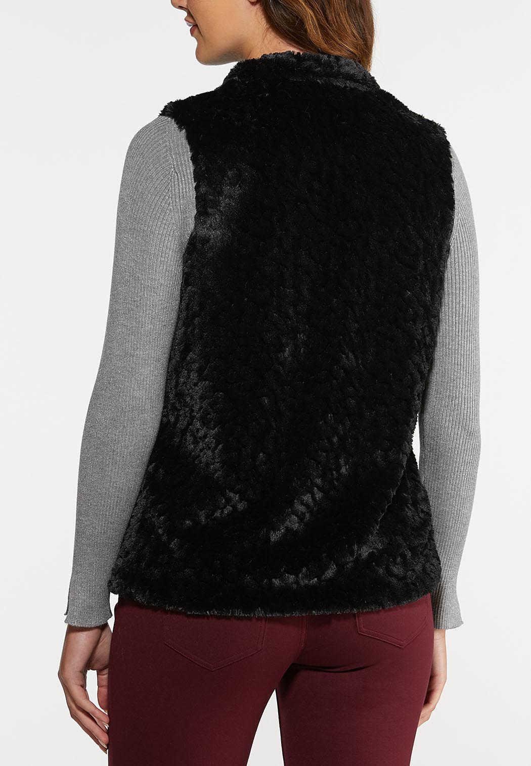 Plus Size Black Faux Fur Vest (Item #44031975)