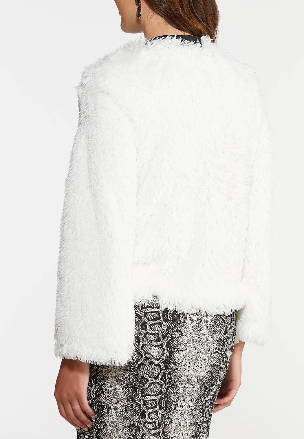 Plus Size Shaggy Fur Crop Jacket (Item #44032000)