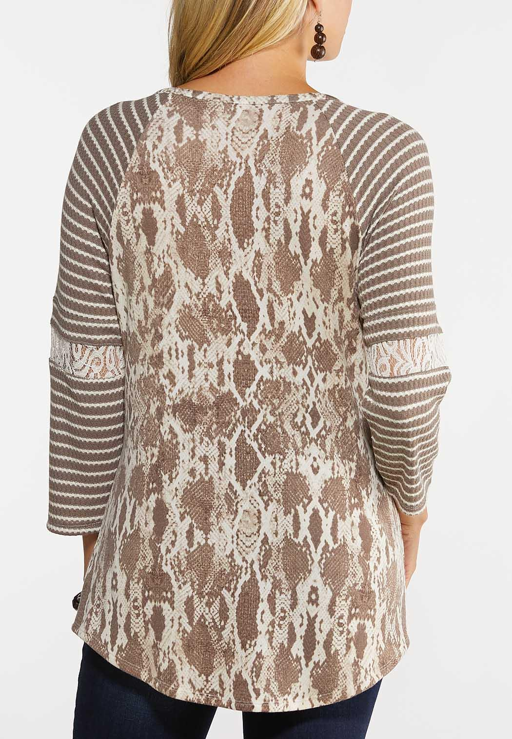 Plus Size Snake And Lace Baseball Tee (Item #44047230)