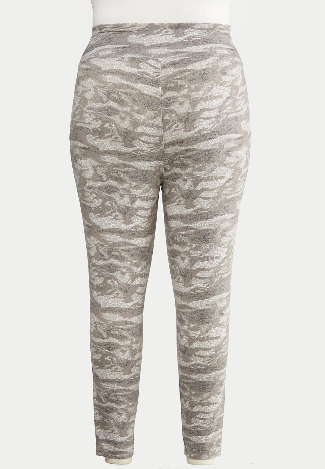 Plus Size Camo Leggings (Item #44051044)