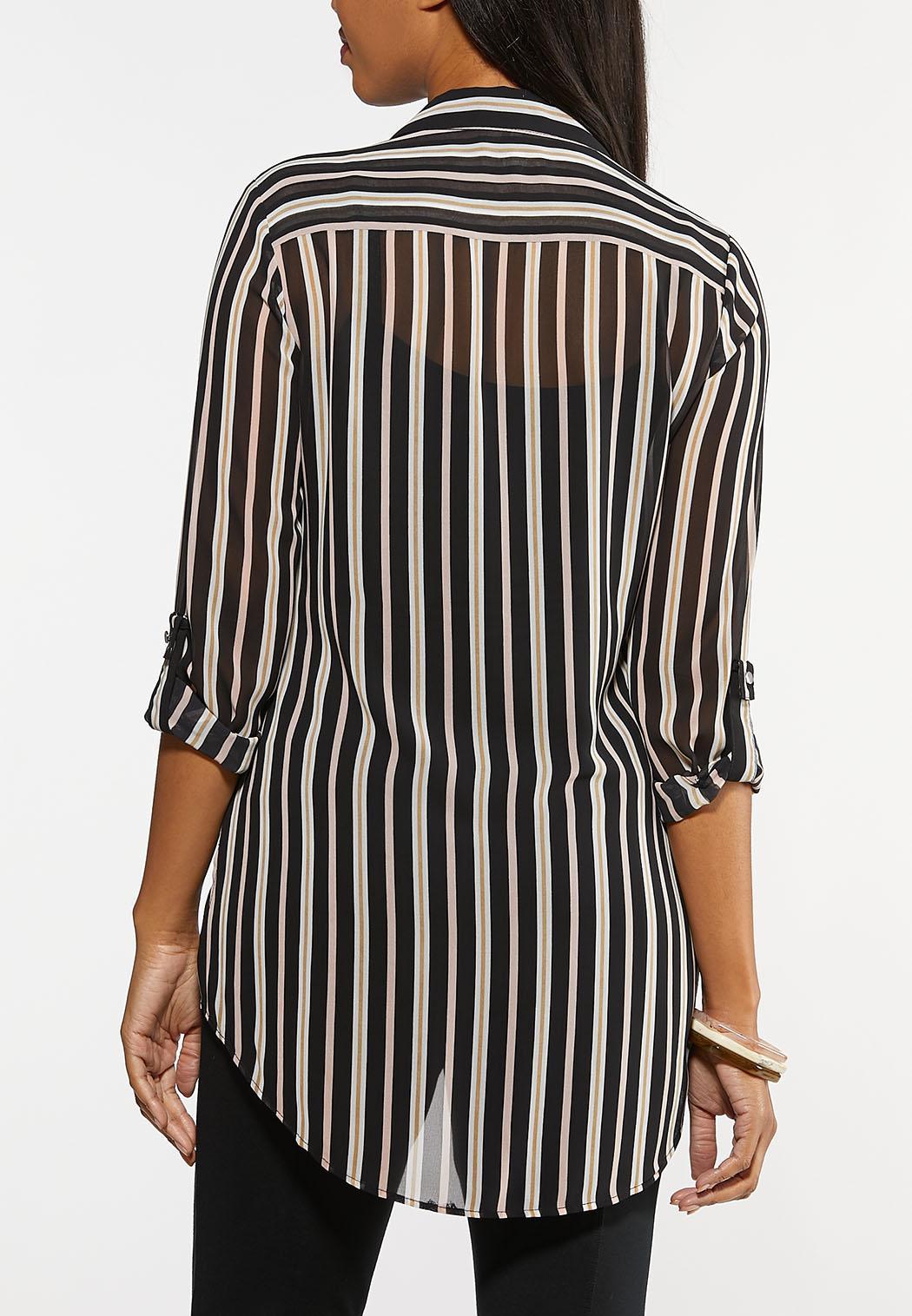 Plus Size Printed High-Low Boyfriend Shirt (Item #44063194)
