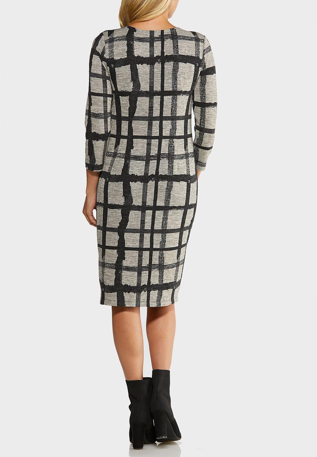Plus Size Plaid Hacci Midi Dress (Item #44069715)