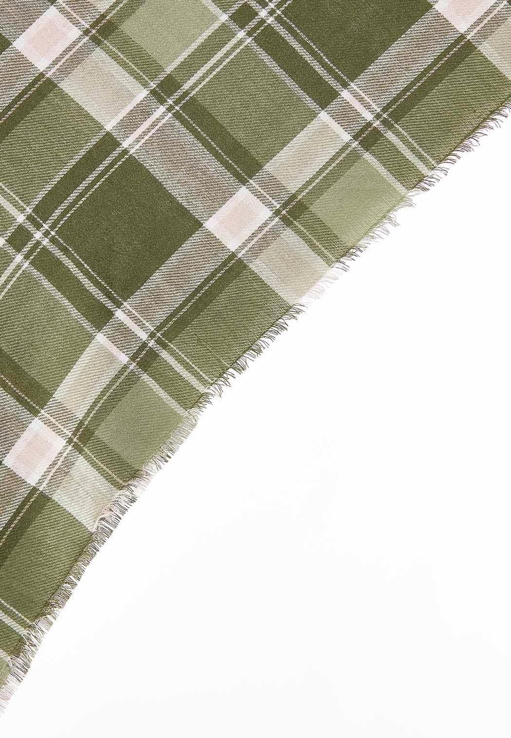 Green Plaid Triangle Scarf (Item #44079277)
