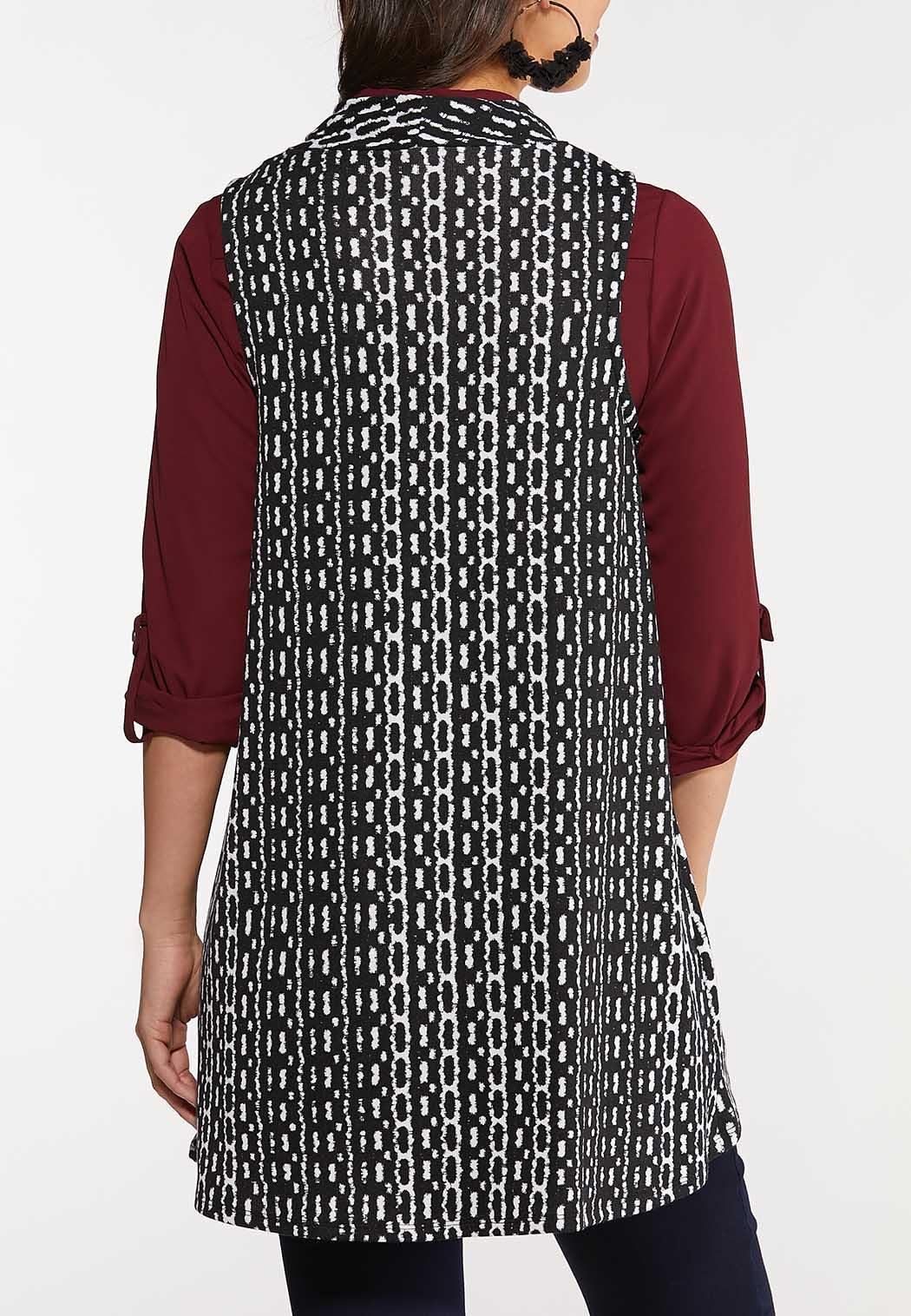 Plus Size Black White Geo Knit Vest (Item #44095004)