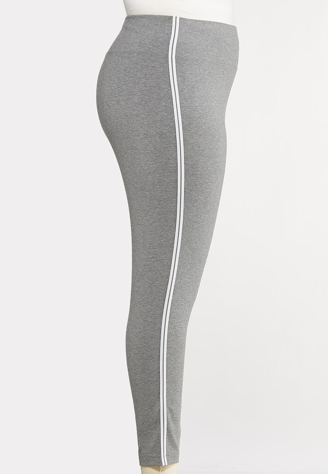 Plus Size White Striped Leggings (Item #44096997)