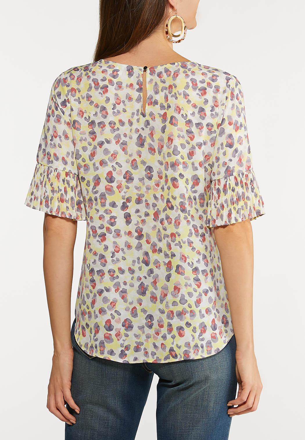 Plus Size Pleated Sleeve Printed Top (Item #44101150)