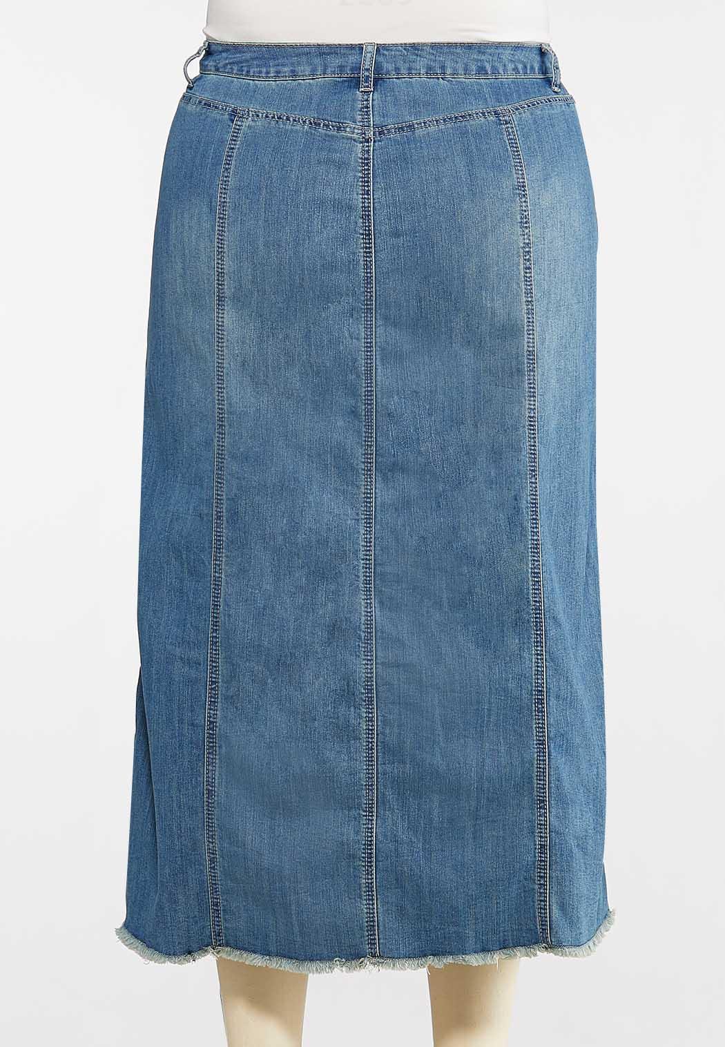 Plus Size Frayed Denim Skirt (Item #44101902)