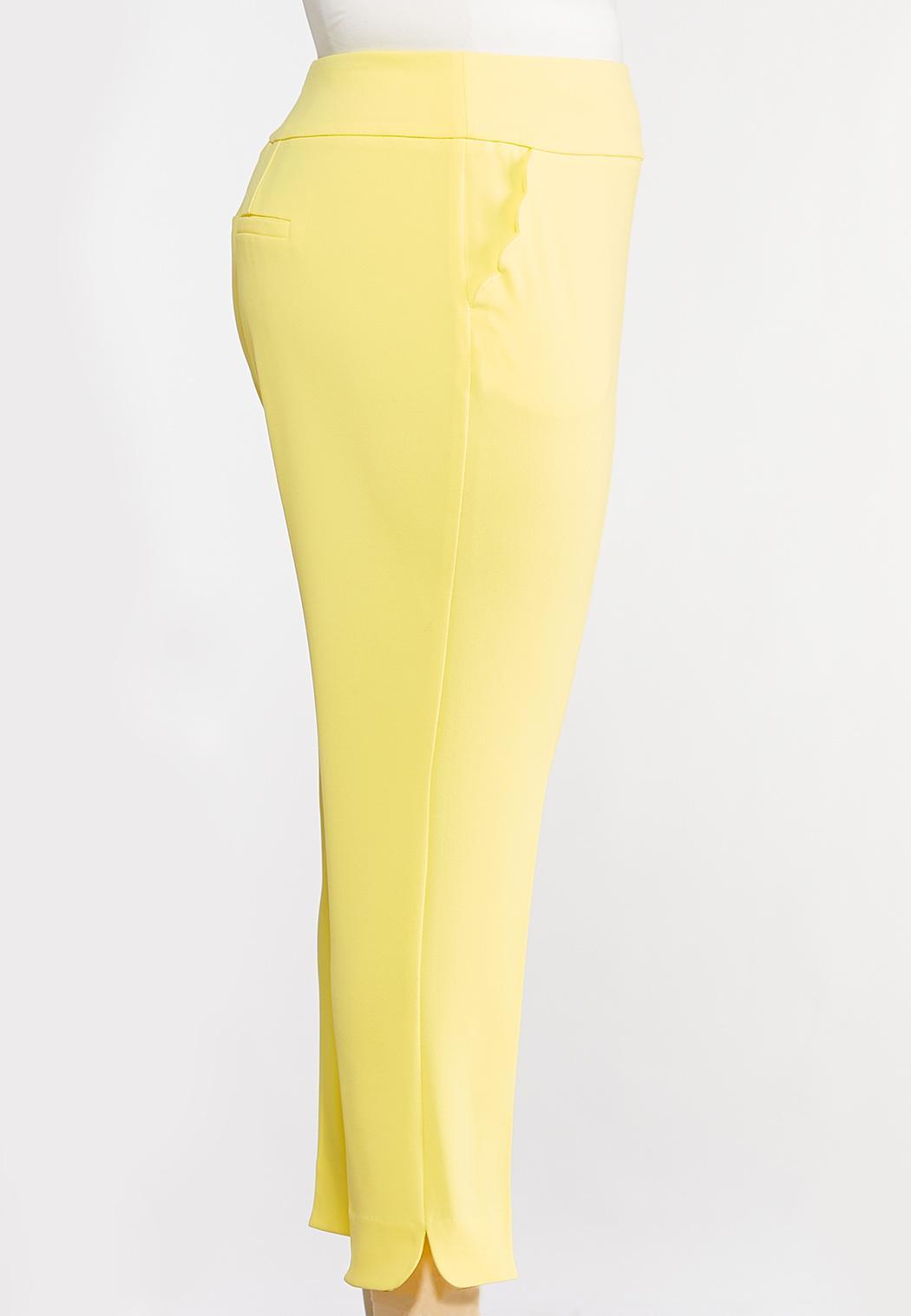 Plus Size Yellow Scalloped Pants (Item #44105940)