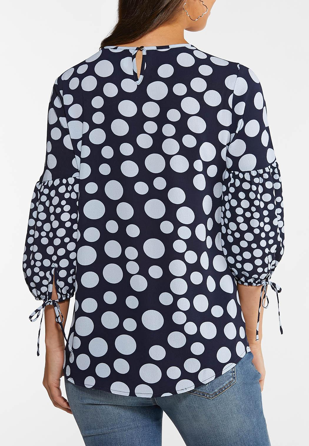 Plus Size Dotted Balloon Sleeve Top (Item #44106307)