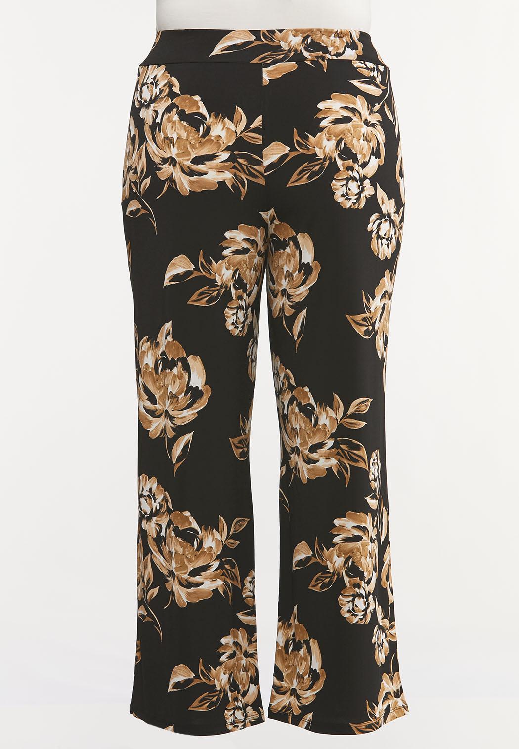 Plus Size Wide Leg Floral Pants (Item #44107357)
