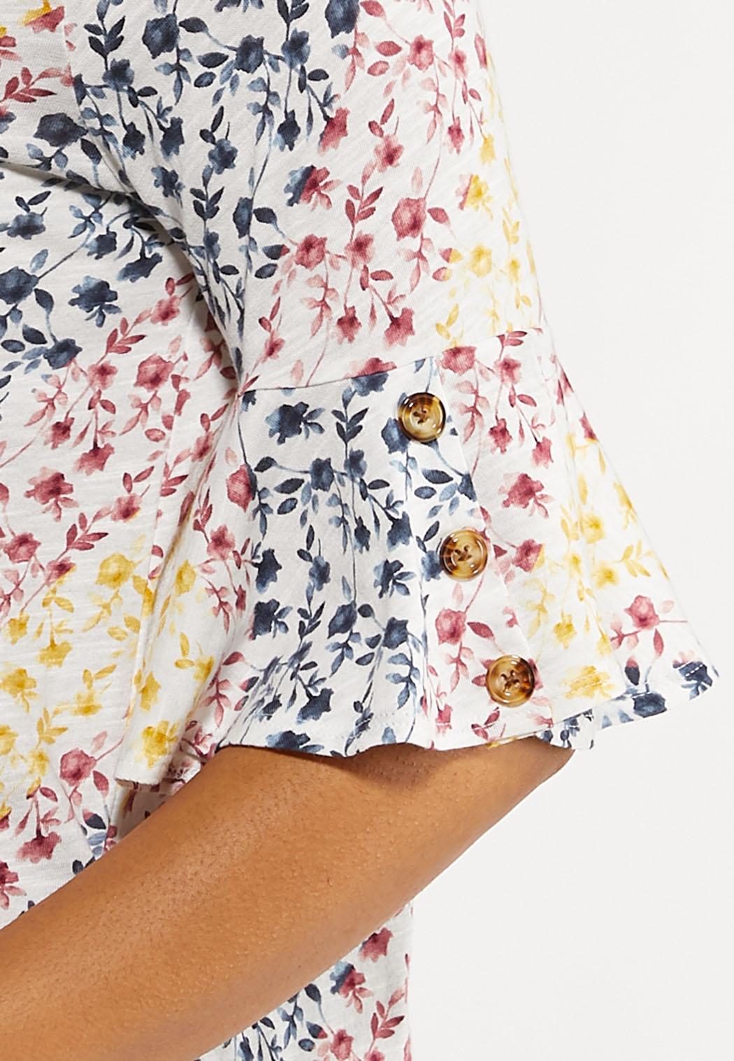 Plus Size Floral Flutter Sleeve Tee (Item #44112465)