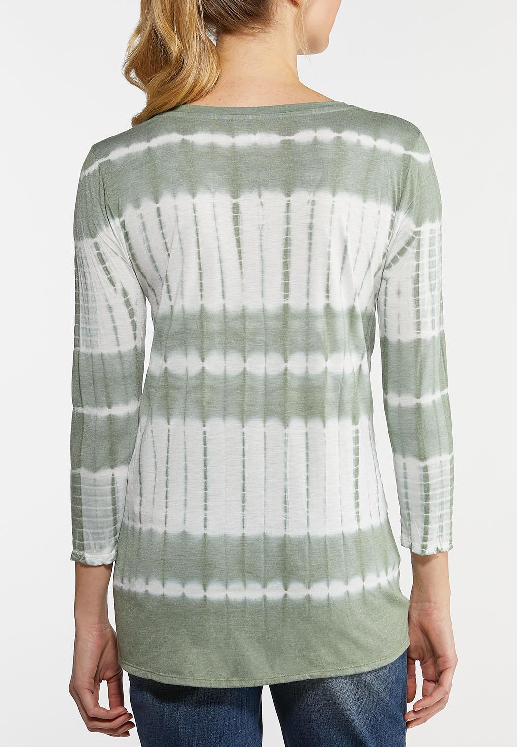 Plus Size Tie Dye V-Neck Top (Item #44122179)