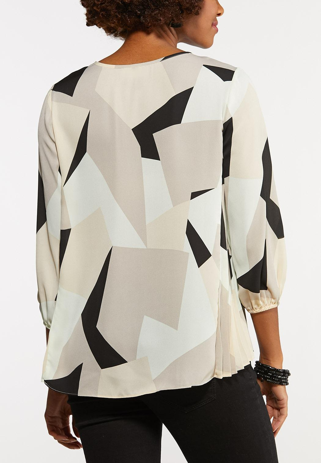 Plus Size Geo Pleated Pullover Top (Item #44125807)