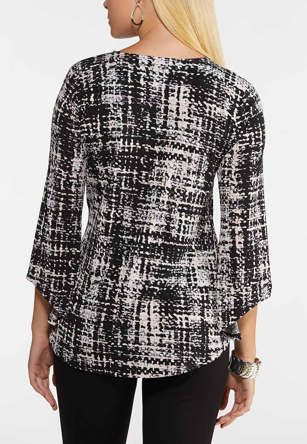 Abstract Tie Front Top (Item #44132609)