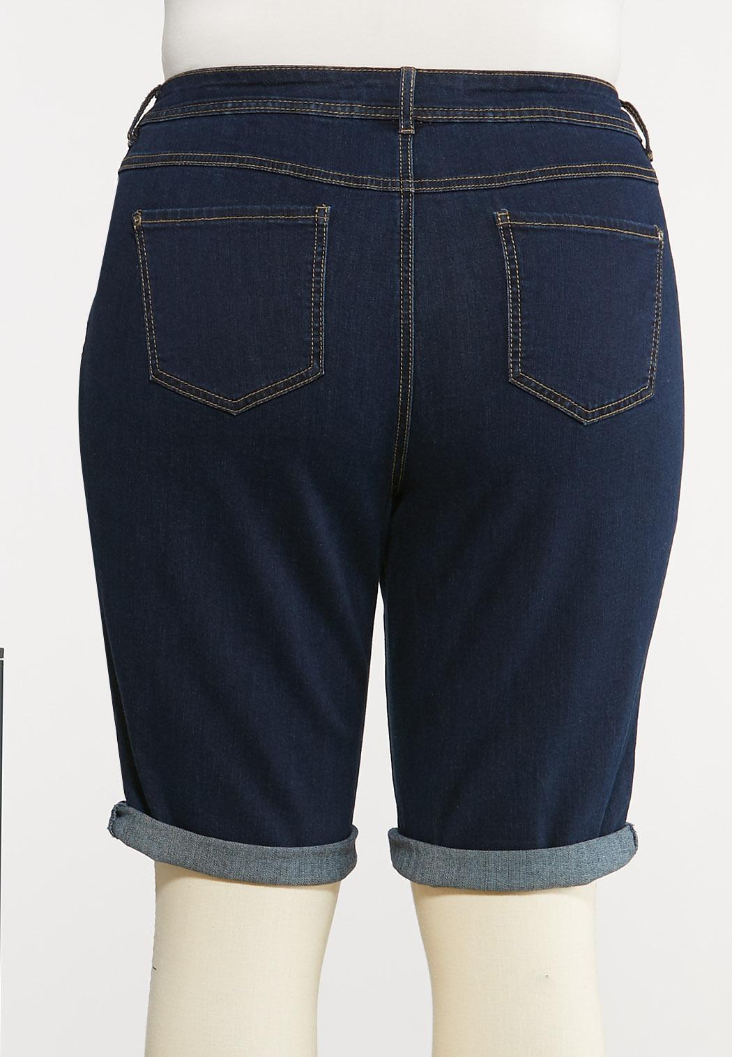 Plus Size Dark Wash Denim Shorts (Item #44133194)