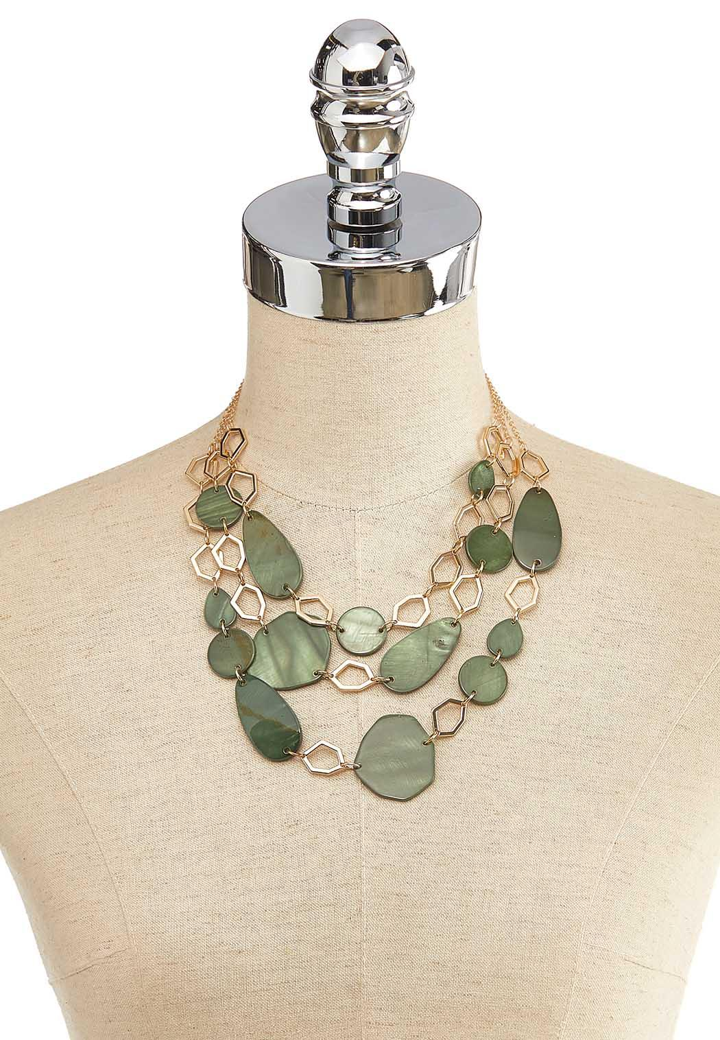 Layered Geo Hoop Shell Necklace (Item #44137357)