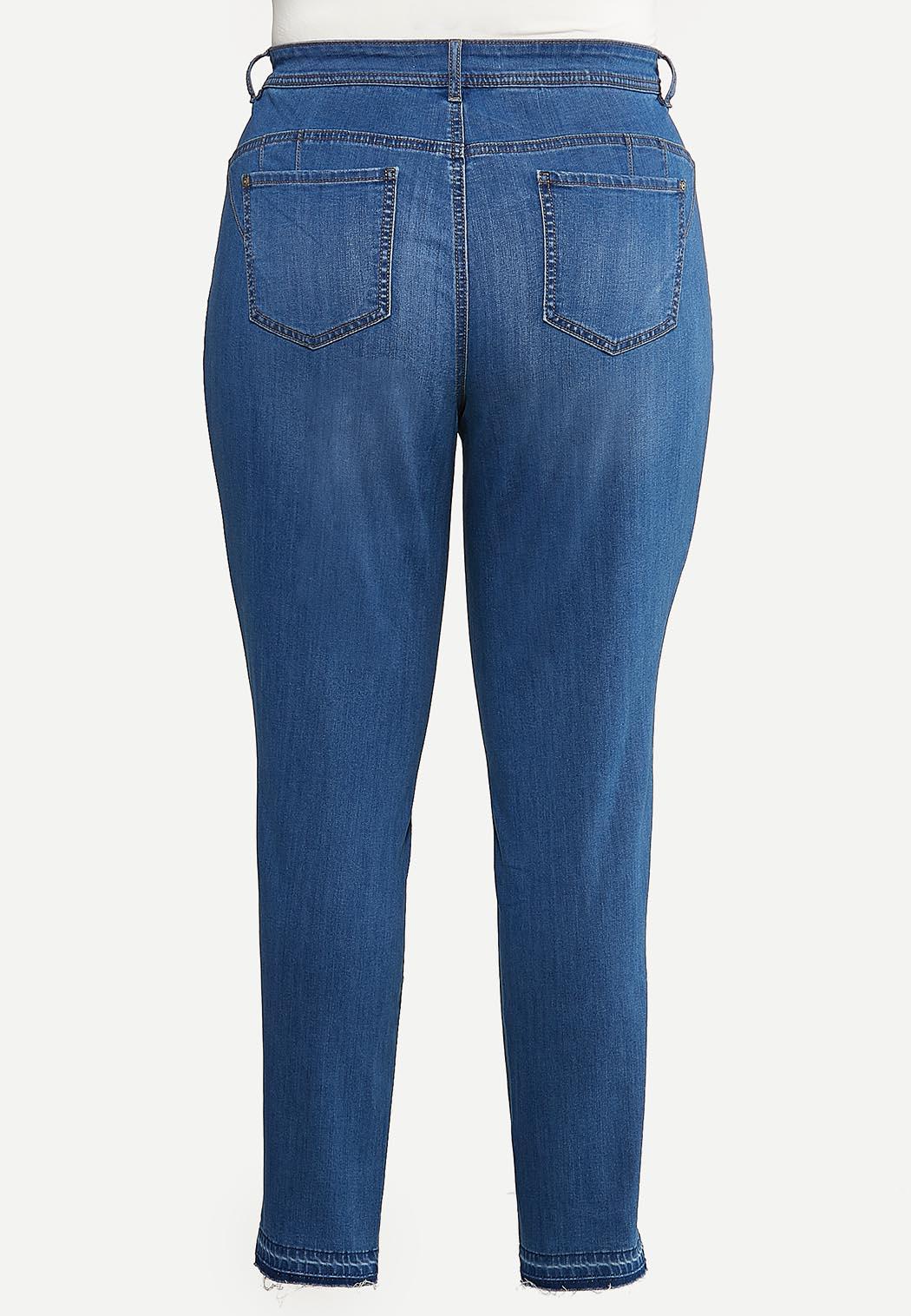 Plus Size Fray Hem Uplifting Jeans (Item #44157342)