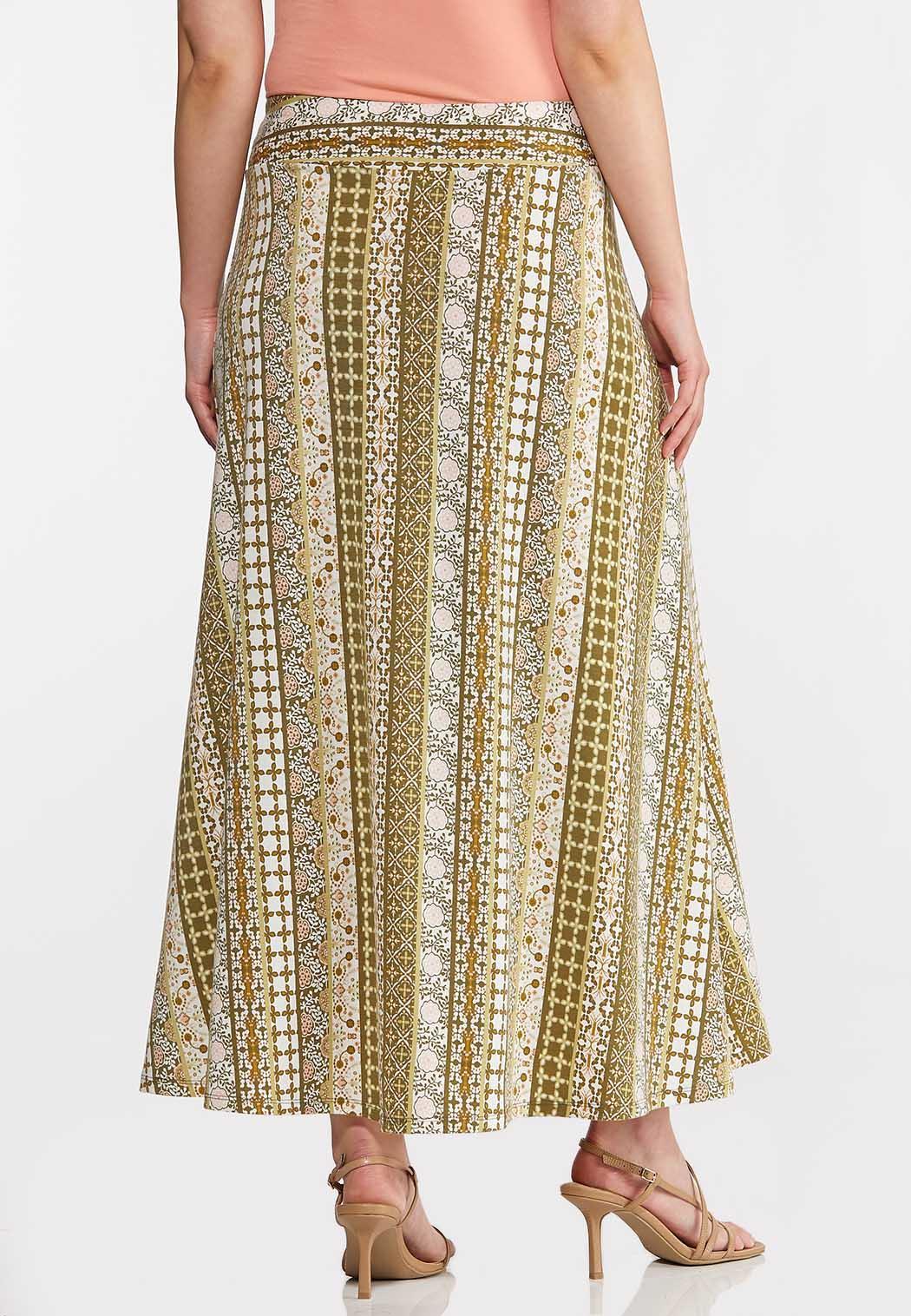 Plus Size Printed Stripe Maxi Skirt (Item #44168669)