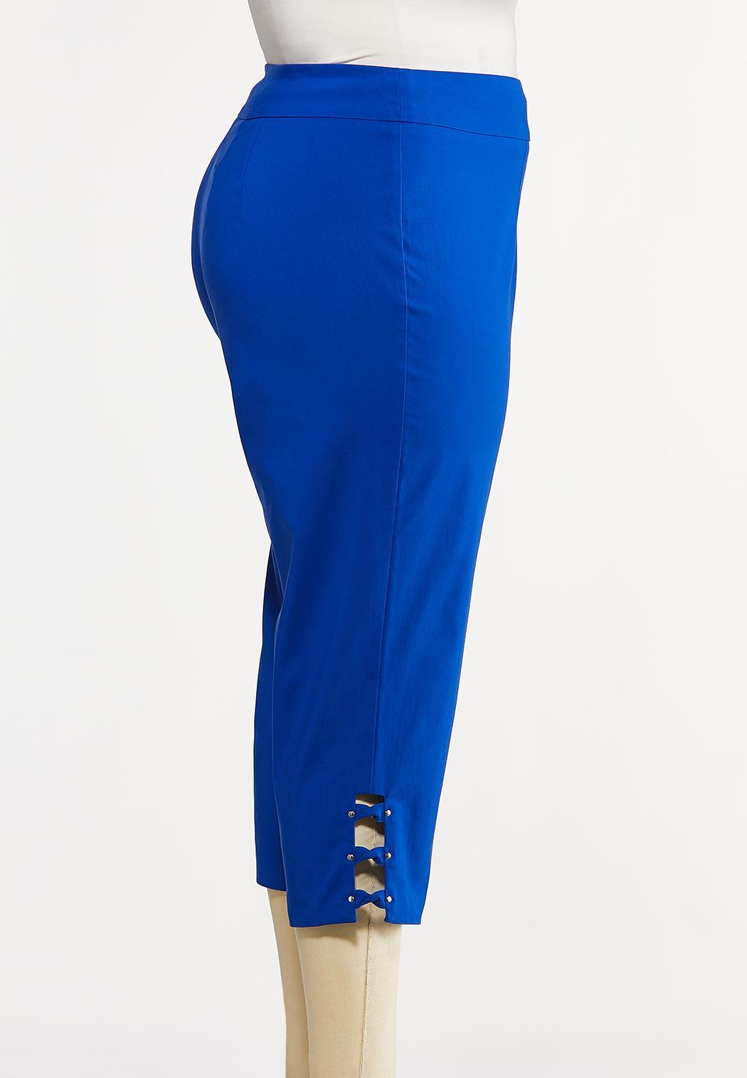 Plus Size Lattice Hem Cropped Pants (Item #44171392)