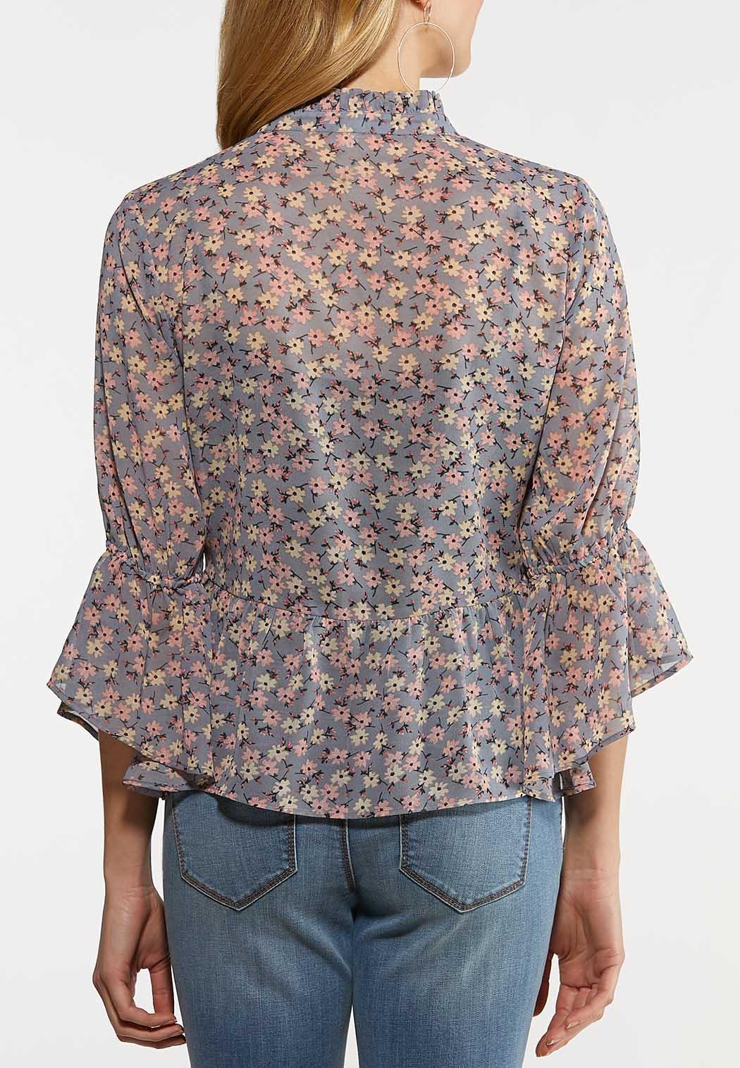 Plus Size Dainty Floral Peplum Top (Item #44175008)