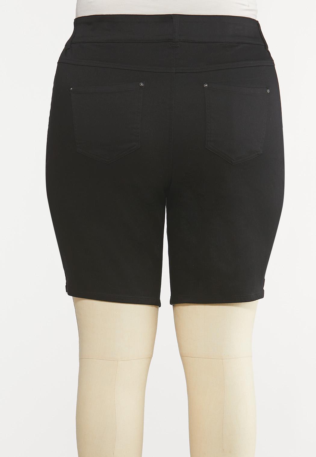Plus Size Black Denim Shorts (Item #44193396)