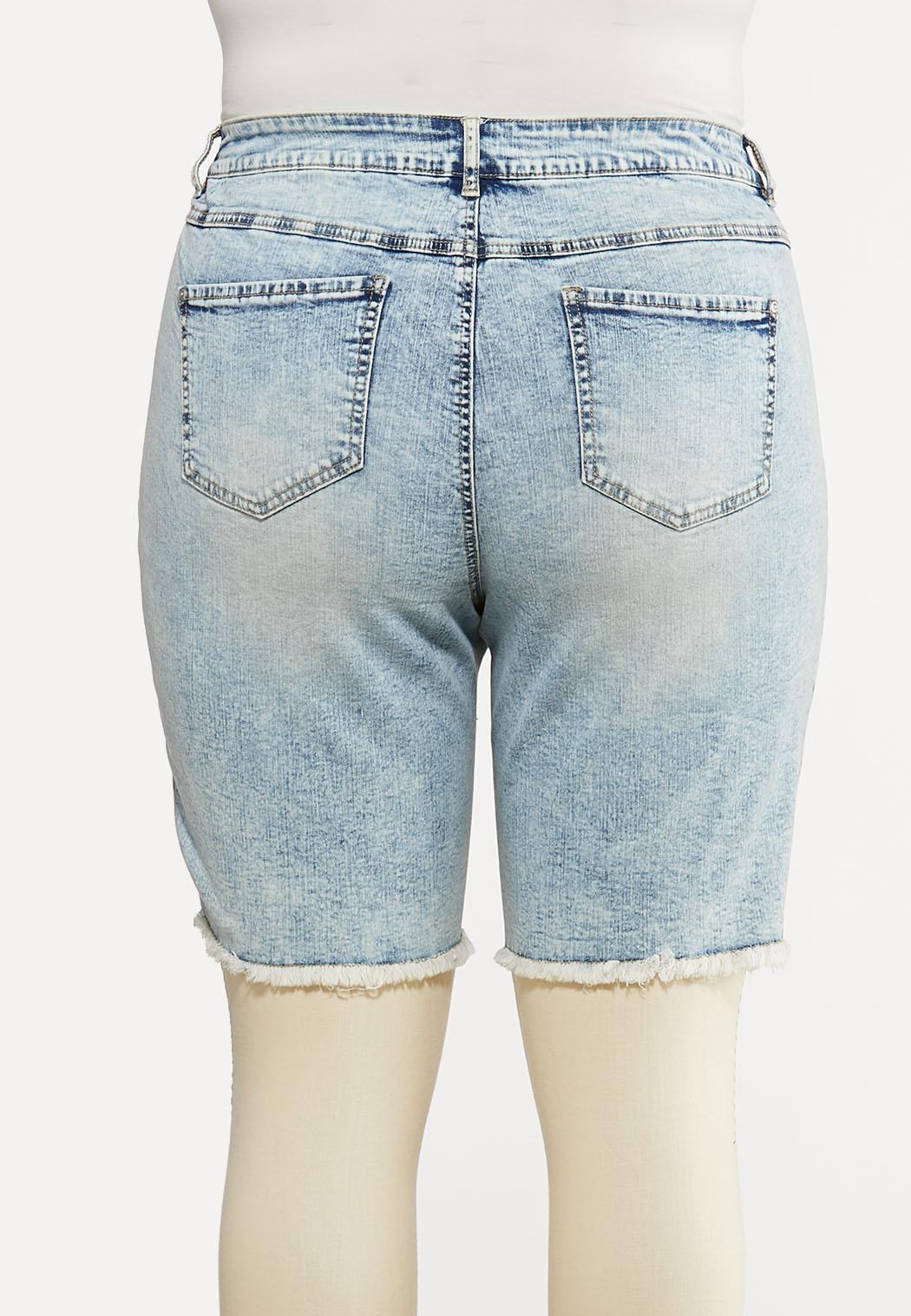 Plus Size Vintage Wash Denim Shorts (Item #44193885)