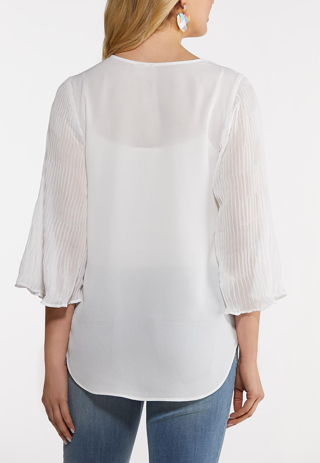 Plus Size Pleated Sleeve Top (Item #44213334)