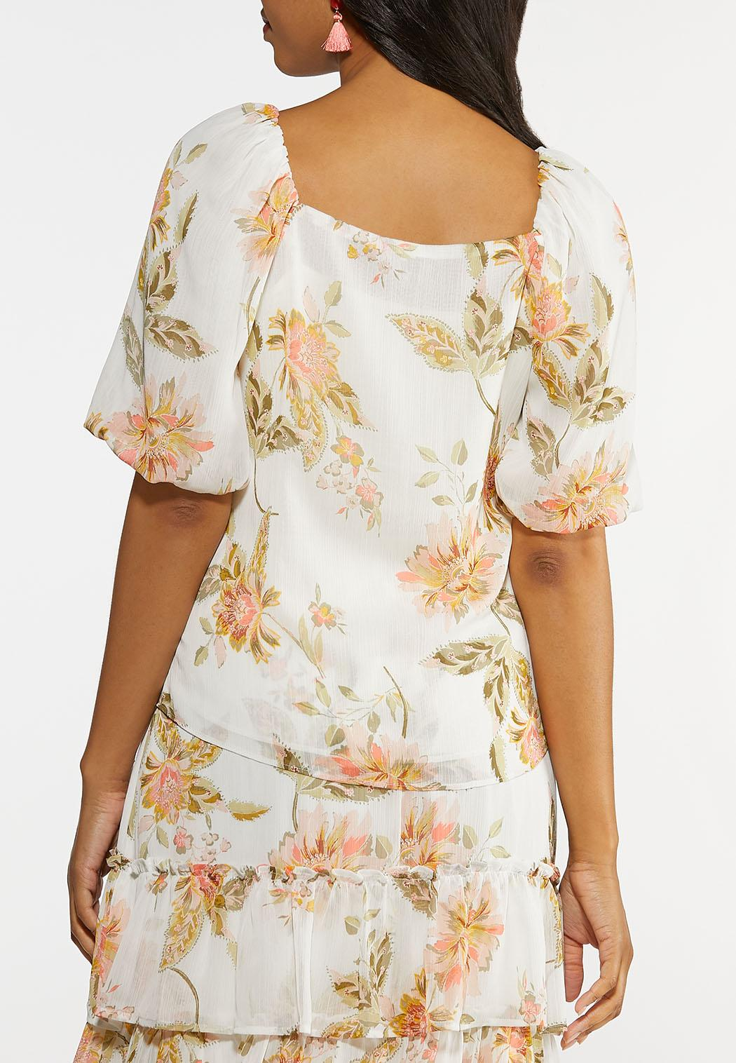 Plus Size Dreamy Floral Puff Sleeve Top (Item #44213462)