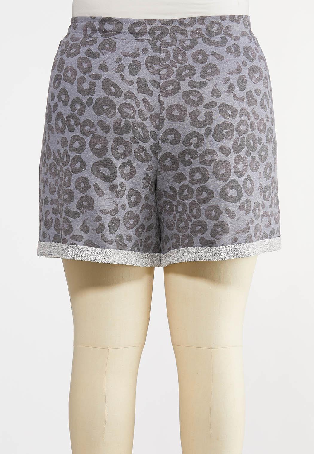 Plus Size Gray Leopard Shorts (Item #44213780)