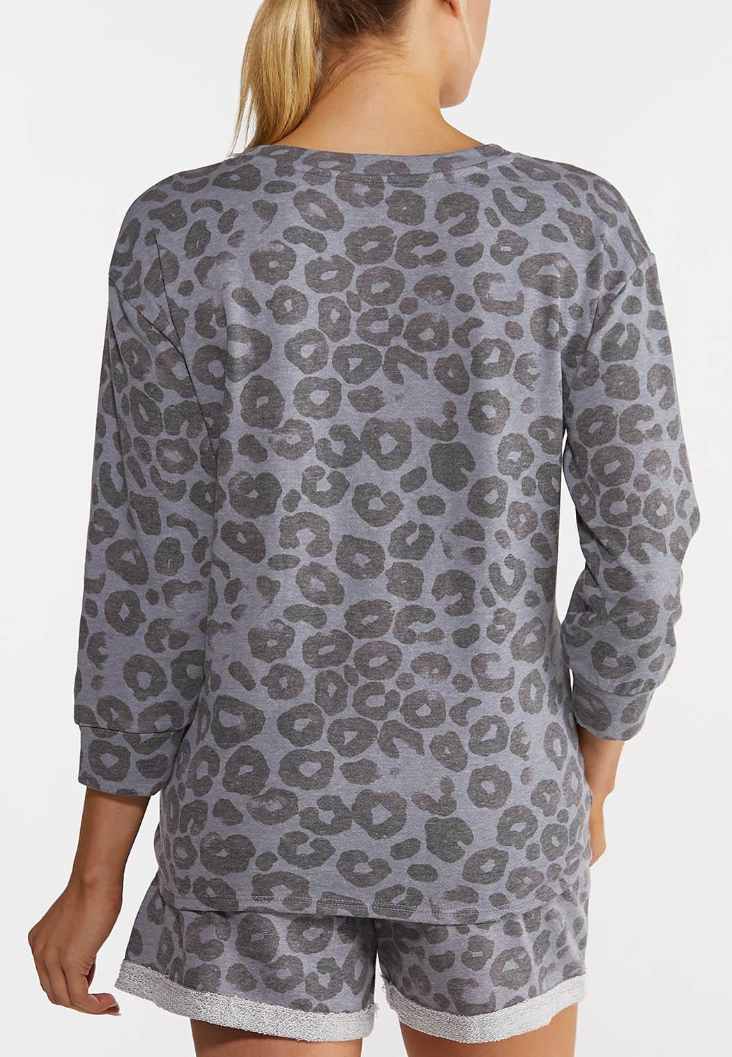 Plus Size Gray Leopard Knotted Top (Item #44213978)
