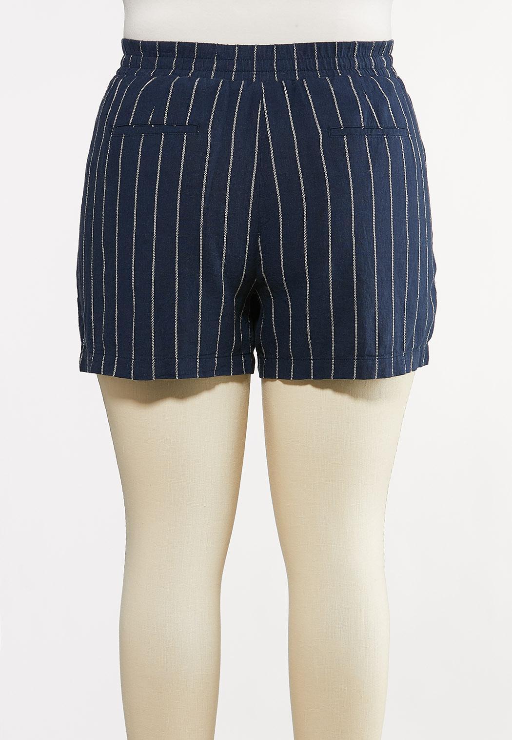 Plus Size Tie Front Linen Shorts (Item #44232184)
