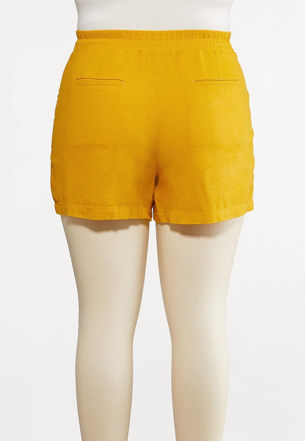 Plus Size Tie Front Linen Shorts (Item #44232195)