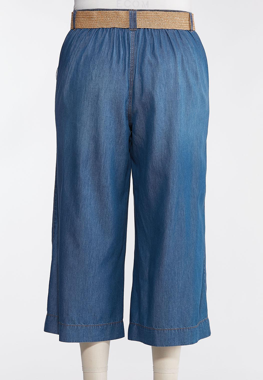 Plus Size Belted Chambray Cropped Pants (Item #44261282)
