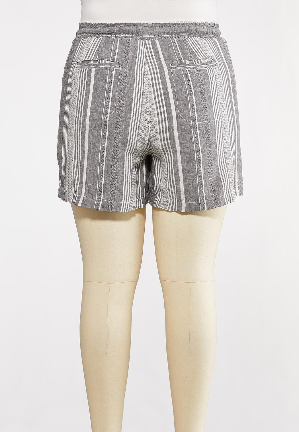 Plus Size Gray Stripe Linen Shorts (Item #44266526)