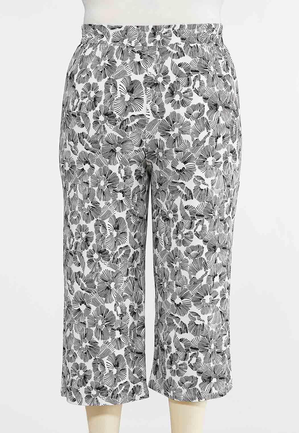 Plus Size Cropped Sketch Floral Pants (Item #44267789)