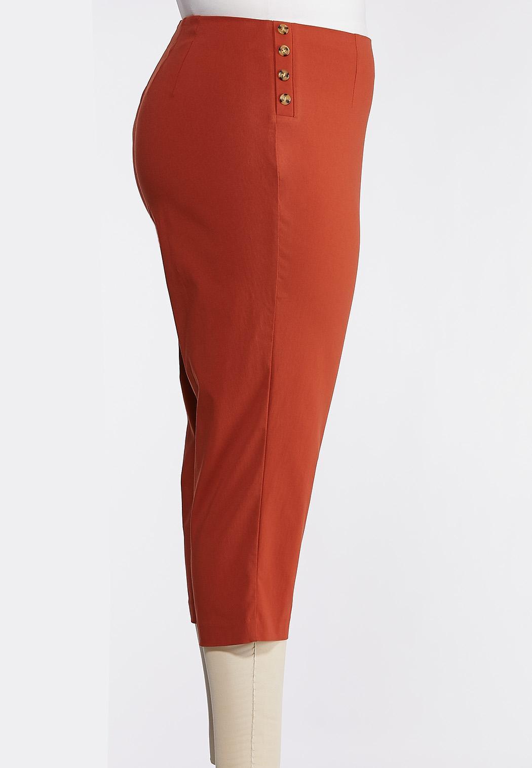 Plus Size Cropped Tortoise Button Pants (Item #44269768)